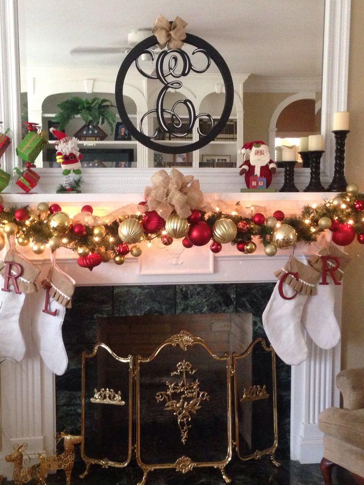 Christmas Mantel- I like the garland