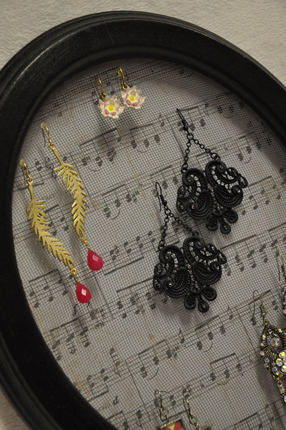 Musical Score Oval Picture Frame Earring Organizer