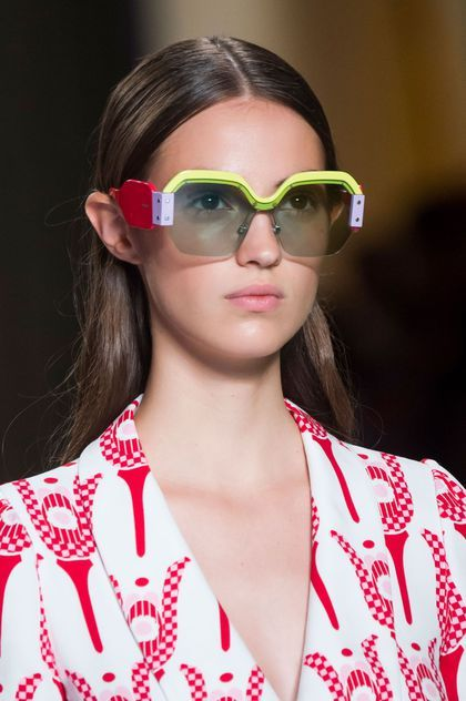 Tendance lunettes de soleil été 2017 Miu Miu