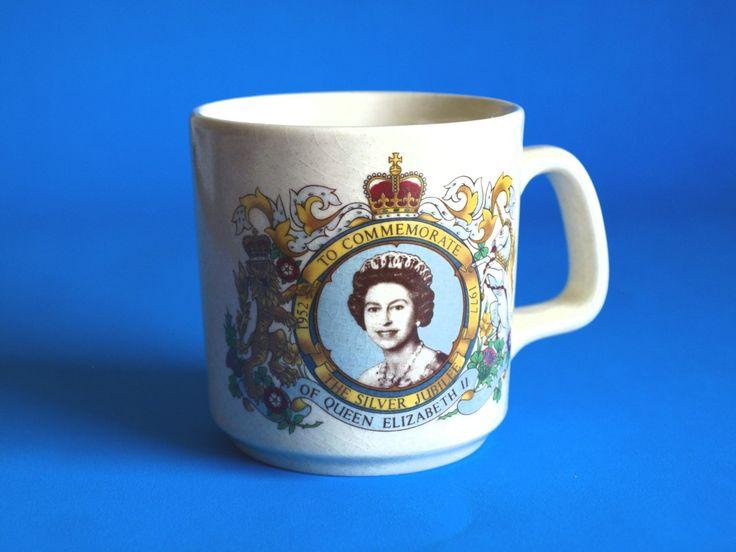 Johnson of Australia Queen Elizabeth II 1952 - 1977 Silver Jubilee - Vintage Commemorate Royal Mug - Made in Australia by FunkyKoala on Etsy