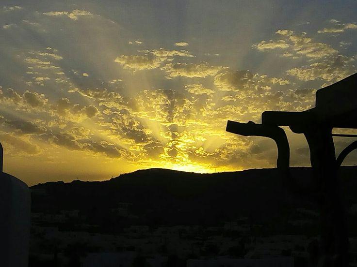 Enjoy the most beautiful sunset in Mykonos Greece.... www.lamdadestinatioms.com