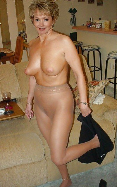 Mature Pantyhose Hot 3