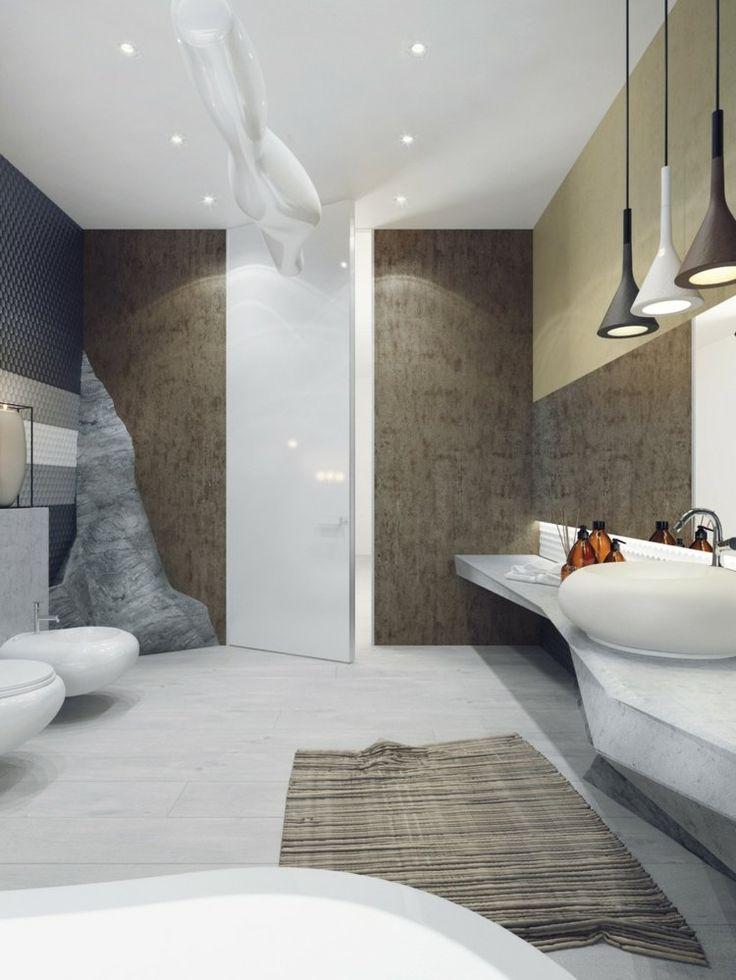 salle de bains de luxe avec spots encastrables dans le plafond