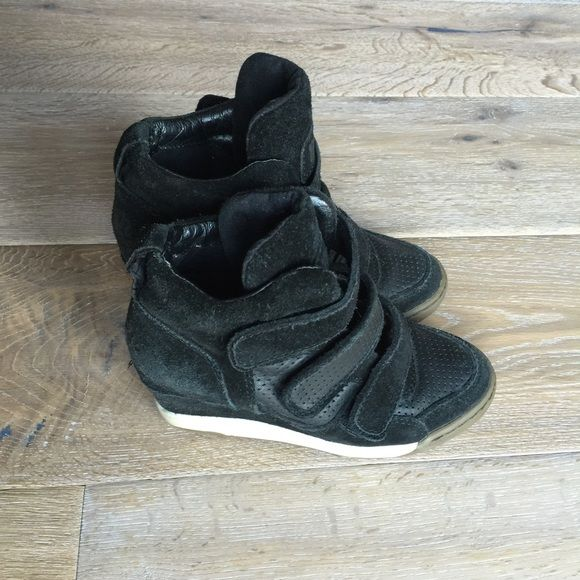Ash sneaker shoes Gorgeous and comfy black leather and suede trim Ash shoes with Velcro in amazing conditions! These shoes allow for versatile dressing and can't go wrong with black! Ash Shoes Sneakers