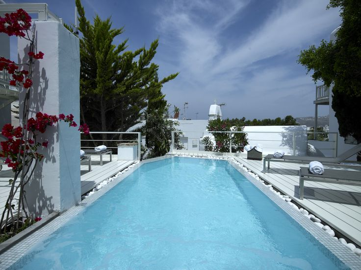 Feeling like a refreshing dip? Take a dive in one of our Swimming pools with sweet water and cool off in style! http://www.semelihotel.gr/hotel-services-facilities-mykonos/  #Semeli #SemeliHotel #Mykonos