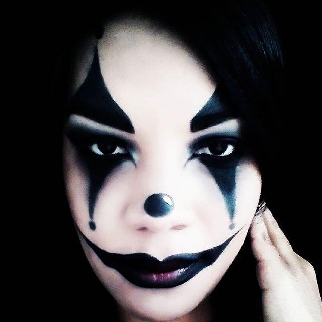 Maquillaje Halloween  #halloween  #ecuador  #quito #cursosmaquillaje  #makeupartist  #makeupforever #guayaquil #manta  #salinas  #venezuela  #maquillaje #montereylocals #salinaslocals- posted by MadelMakeup https://www.instagram.com/makeup1981quito - See more of Salinas, CA at http://salinaslocals.com