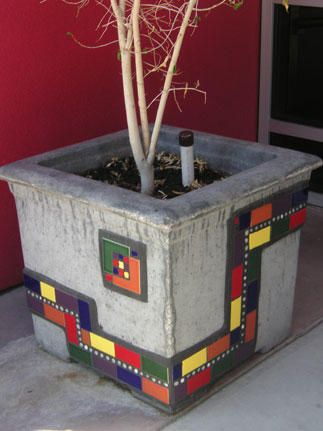 Mosaic Planter....but how about the retaining wall??