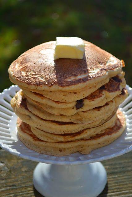 Bakeaholic Mama: Whole Wheat Chocolate Chip Pancakes