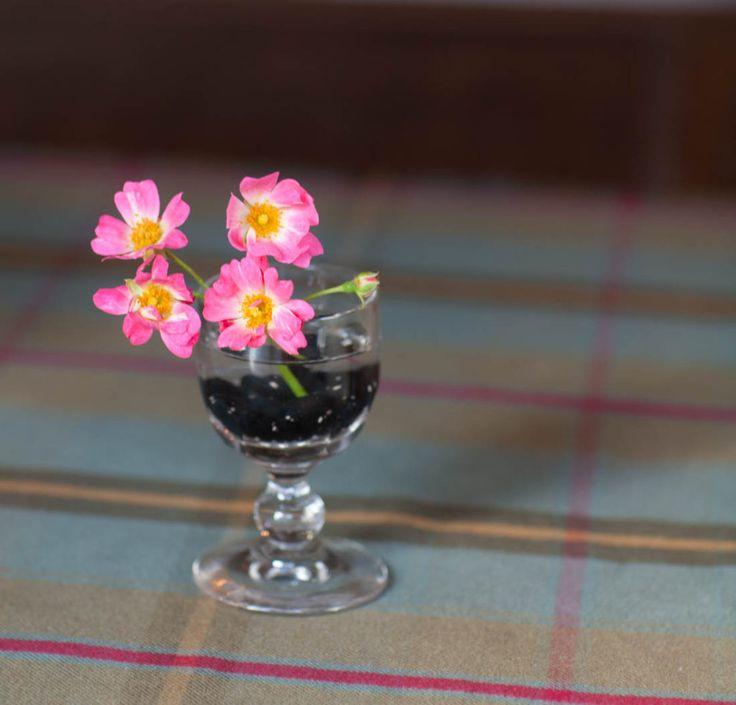 Creative flower vase liquor glass