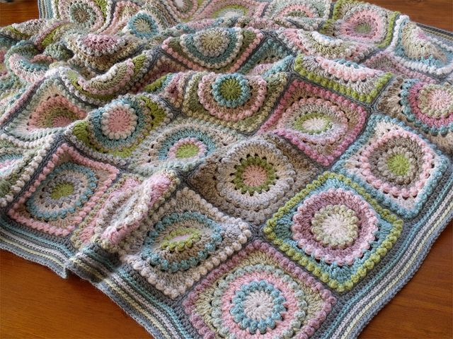 Beautiful Muted Pastels. Circle of Friends Motif Blanket. Free Pattern.