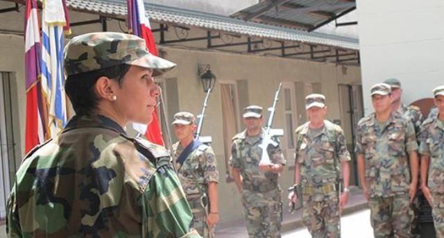 La Mayor Andrea de los Santos Segundo Jefe del Cuartel General del Comando General del Ejército Uruguayo,notici defensa.com