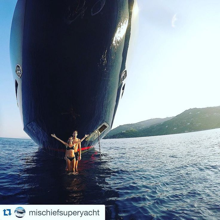 One of the #coolest to own a displacement #yacht: the bulbous bow to take #awesome #pics!!!! Thank you @mischiefsuperyacht for the #amazing #yachting #shot - #followher #summer #great by yachtstories
