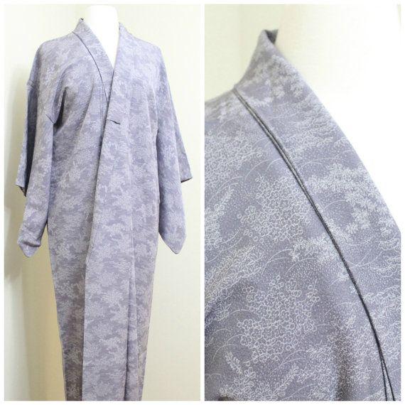 Superior Silk Kimono. Vintage Japanese Robe. Lilac by FurugiStar