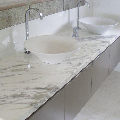 1000 ideas about grey marble bathroom on pinterest gray for Grey marble bathroom