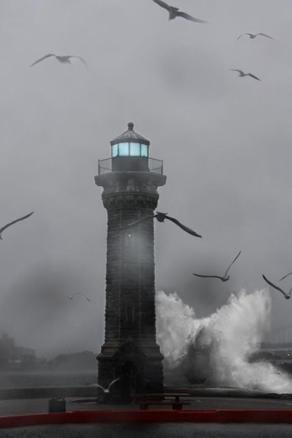 *Hurricane Sandy Waves Pounding Roosevelt Island Lighthouse