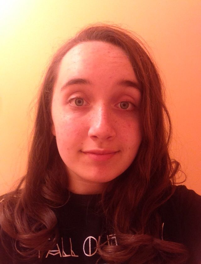 IT ME :D ((holy shit I don't look terrible for once in my life))