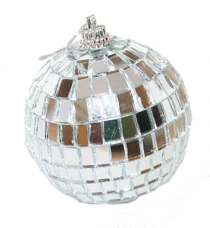 Disco Ball Decoration: Best 25+ Ball Decorations Ideas On Pinterest