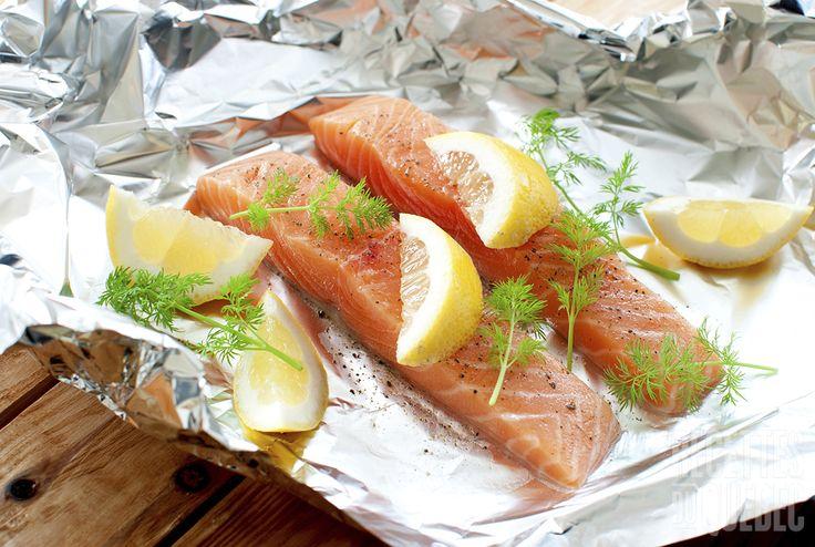 Filet de saumon aneth et citron http://www.recettes.qc.ca/recette/filet-de-saumon-aneth-et-citron-114937 #recettesduqc #saumon