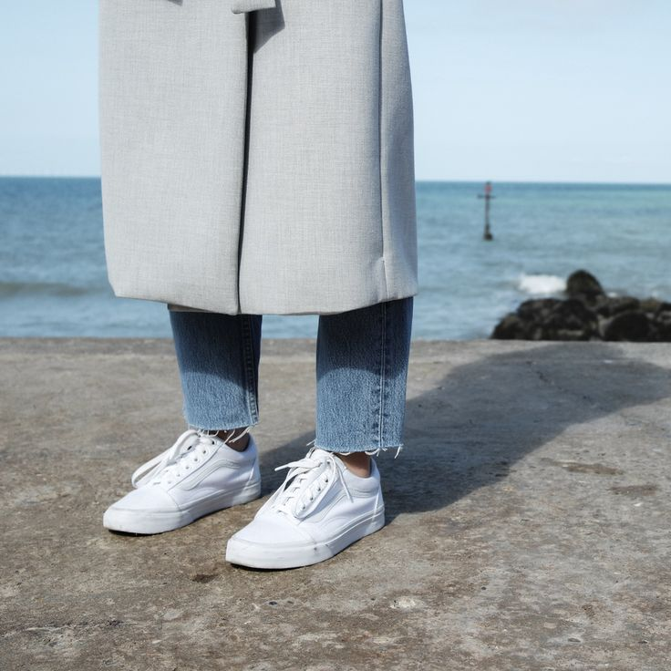raw hem jeans white trainers on style and wellbeing blog
