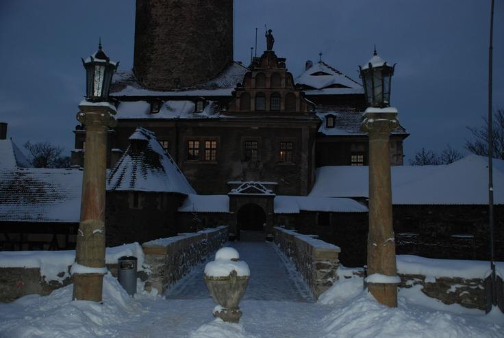 Zamek Czocha od frontu / the front of the Czocha Castle
