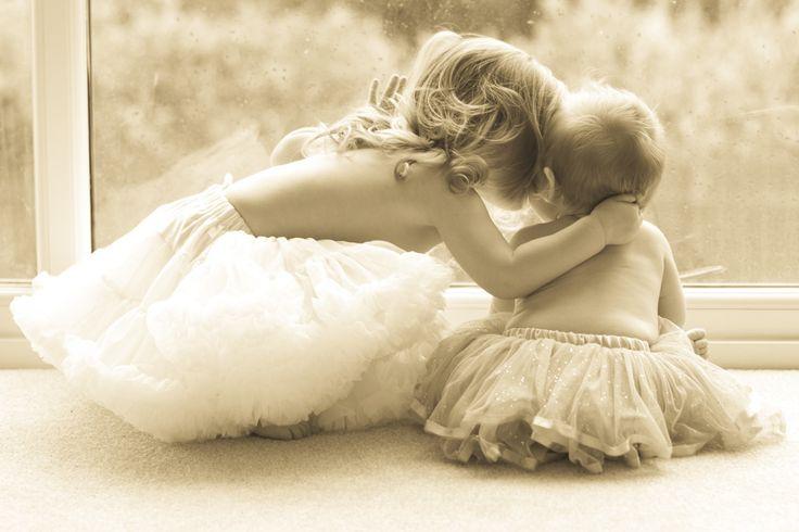 Sisters, baby girl/toddler photoshoot