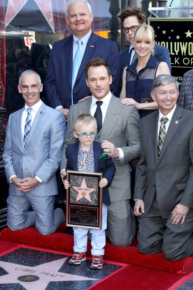 Chris Pratt recieves his star on the Hollywood Walk ofFame