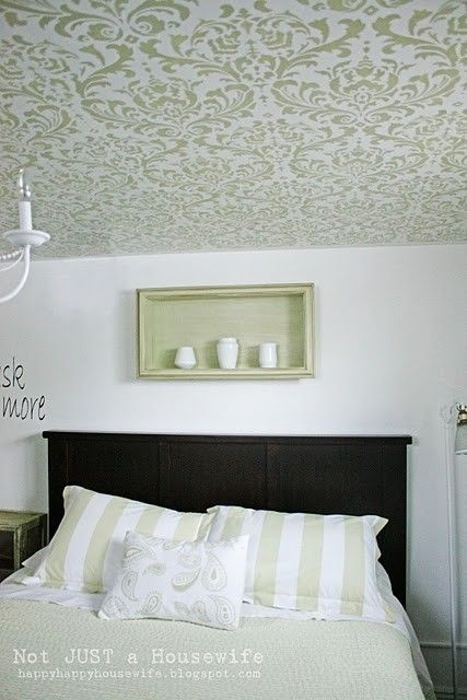 love!: Living Rooms, Paintings Ceilings, Bedrooms Design, Wall Treatments, Master Bedrooms, Damasks Patterns, Stencil Ceilings, Guest Rooms, Bedrooms Decor