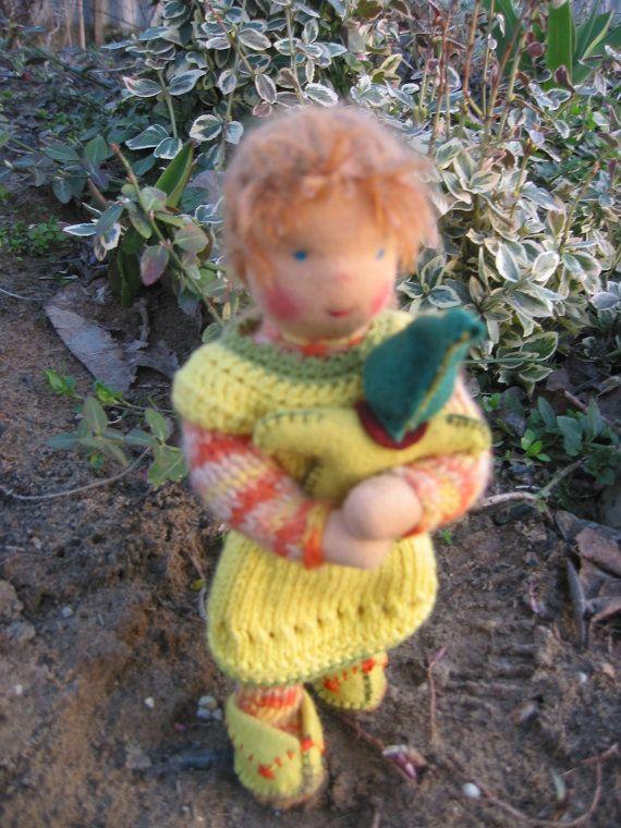 Waldorf type girl doll / dressable / can make by FeltingZsuska