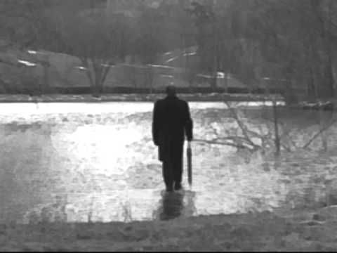 Geoffrey Gurrumul Yunupingu - Loneliness << pretty and poignant song