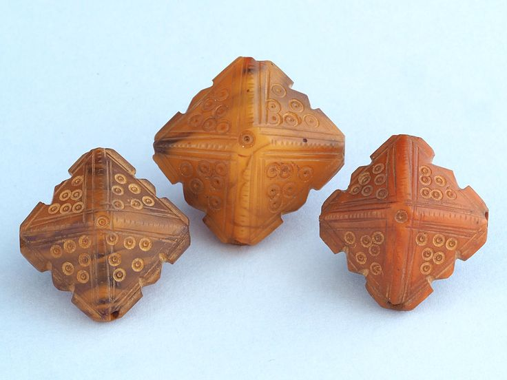 3 Antique carved phenolic resin beads. Amber imitation. African Trade. Mauritania by faqrun on Etsy