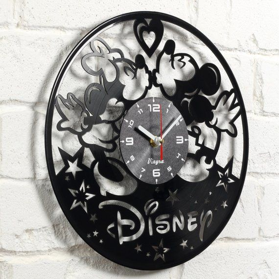 Us 3 5 Days Delivery Mickey And Minnie Vinyl Wall Clock Mickey