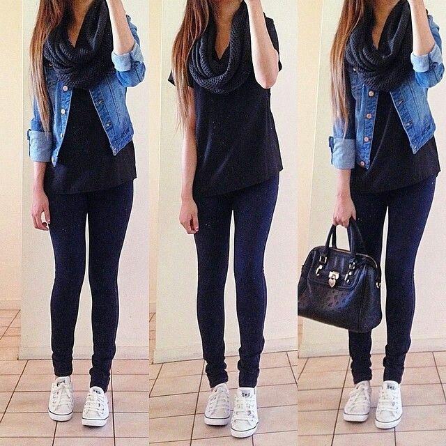 Chaqueta de jean, camisa tommy azul clara, jean de forever ajustado y converse.