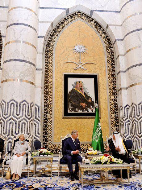 In Jeddah treffen Prinz Charles und Herzogin Camil...                                                                                                                                                     Mehr