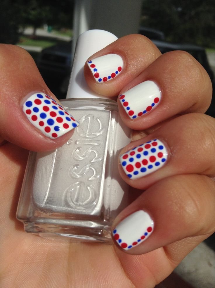Fourth of July nails! #nails #essie #diy #diynails #red #white #blue
