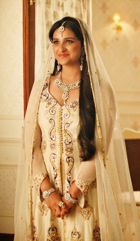 In love with Parineeti Chopra wedding dress from Daawat-e-Ishq