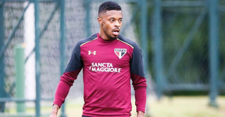 Diretor do São Paulo elogia Michel Bastos e deseja sucesso no Palmeiras