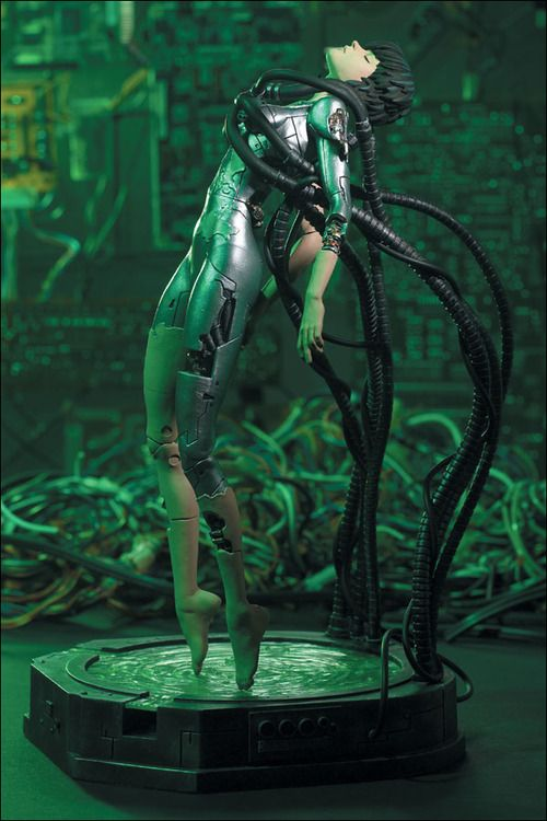 Ghost in the Shell statue