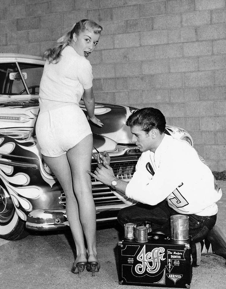 Love this pic. There's the obvious knockout pinup, Carol Lewis (Dean Jeffries' high school sweetheart in front of his '47 Merc)