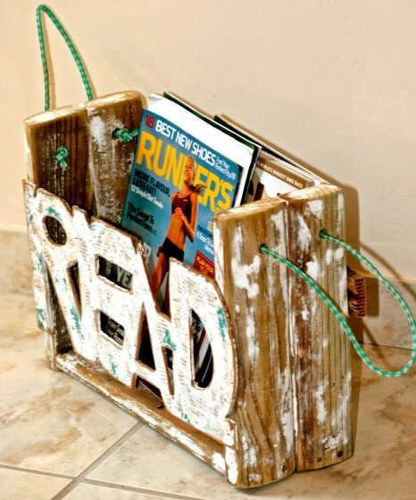 Enjoy reading? Lovely, original magazine rack made from driftwood. This is special!