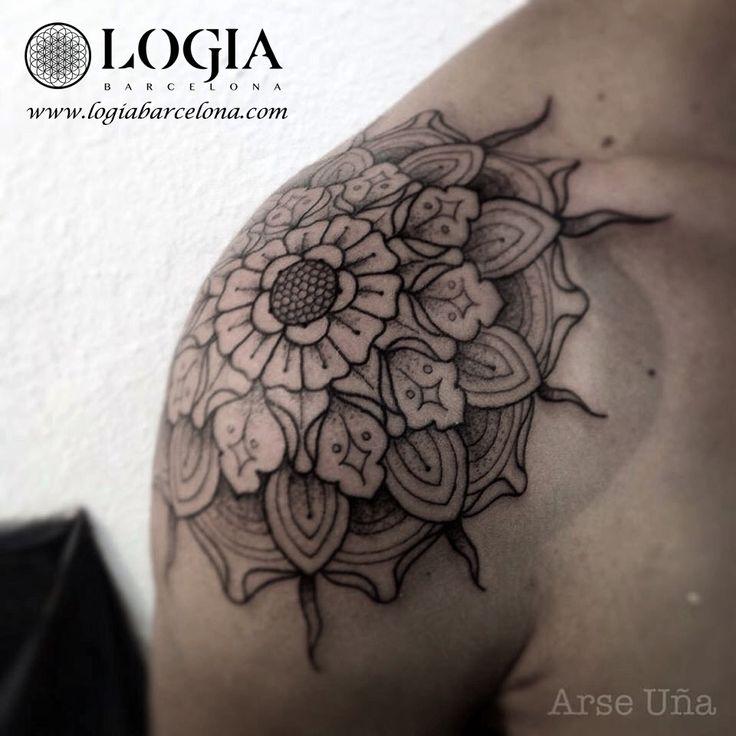 Φ Artist ARSE UÑA Φ  Info & Citas: (+34) 93 2506168 - Email: Info@logiabarcelona.com www.logiabarcelona.com #logiabarcelona #logiatattoo #tatuajes #tattoo #tattooink #tattoolife #tattoospain #tattooworld #tattoobarcelona #tattooistartmag #tattoosenbarcelona  #ink #arttattoo #artisttattoo #inked #instattoo #inktattoo #tatuagem #tattoocolor #tattooartwork #mandala