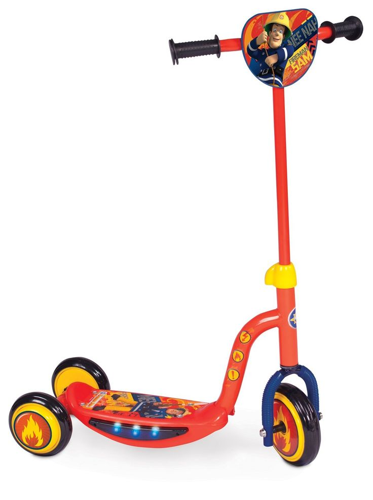 BARGAIN Fireman Sam Rescue Light and Sound Tri Scooter LESS THAN HALF PRICE £12.47 at Amazon - Gratisfaction UK