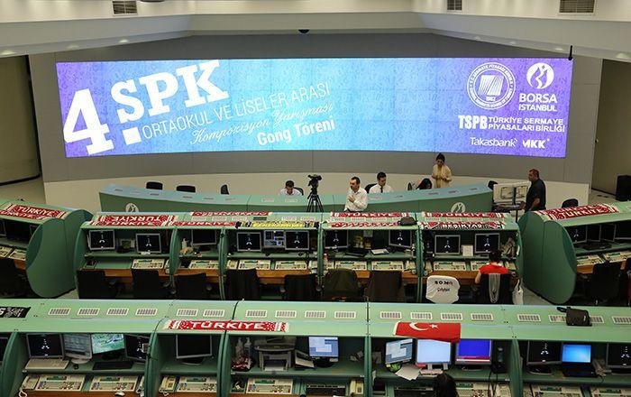 T.C. Başbakanlık Sermaye Piyasası Kurulu tarafından sermaye piyasalarına yönelik farkındalık düzeyinin geliştirilmesi, SPK ve diğer sermaye piyasası kurumlarını tanıtmak ve eğitim çağındaki gençlerden başlayarak tasarruf ve yatırım bilinci oluşturmak amacıyla, 4. Kompozisyon Yarışması'nı kazanan ortaokul ve lise öğrencileri Borsa İstanbul'da seans açılış gongunu çaldı.