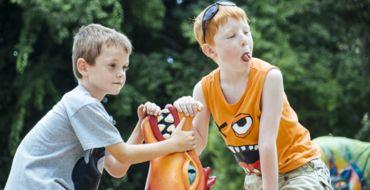 8 kerületből gyűjtöttünk össze 8 olyan tematikus játszóteret, melyet minden kisgyereknek ki kell próbálnia.