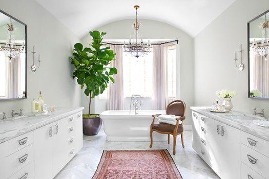 19 Beautiful Bathrooms on The Study: The @1stdibs Blog | http://www.1stdibs.com/blogs/the-study/bathrooms/