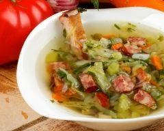 Soupe aux choux (facile, rapide) - Une recette CuisineAZ