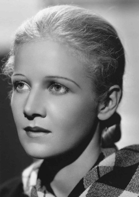 """Ann Harding ~ """"The pretty and highly regarded Ann Harding, a woman of great charm, integrity and beauty."""" Laurence Olivier"""