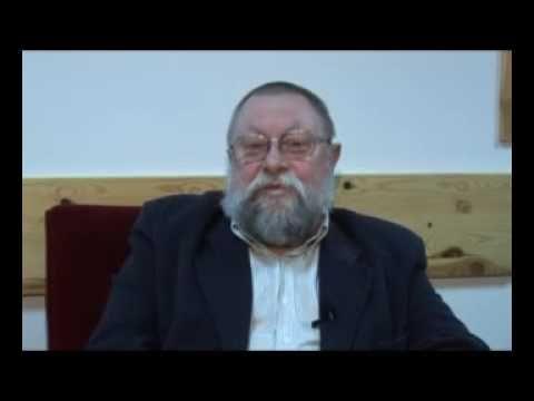 ▶ Prof. Bralczyk o netykiecie i kreatywności językowej (12). - YouTube