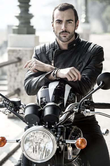 Marco #Mengoni in sella alla Bonnie - #LaValleDeiRe