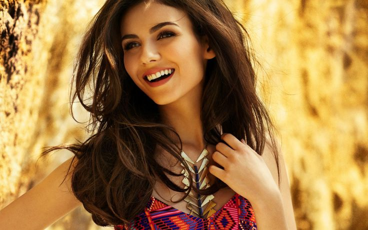 Victoria Justice Measurements, Height, Weight, Bra Size, Age