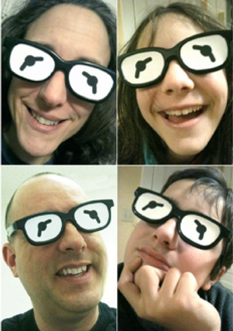 How-To: Turn Your Leftover 3D Glasses Into Kermit The Frog Eyes from 360 Kid